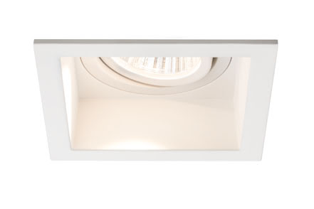 92675 Светильник встр. Set Daz schw. eckig LED 2x9W Elegant material – high-quality finish. The individually swivelling LED recessed luminaires in the Premium Line offer efficient but homelike warm white LED light and meet the most stringent standards for material quality and design. The recessed lamp means that the light it emits is free of glare despite its excellent light output. 926.75 Premium line recessed light set, Daz 2x9,5W LED Matt white, swivelling square, 2-pc. set Paulmann